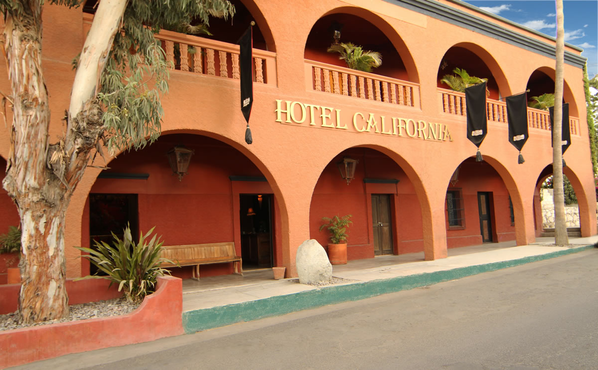 Welcome to the Hotel California… El hotel que inspiró la canción