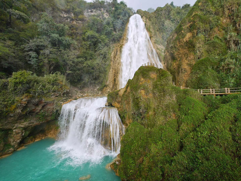 panorámica de las Cascadas el chiflón en Chiapas