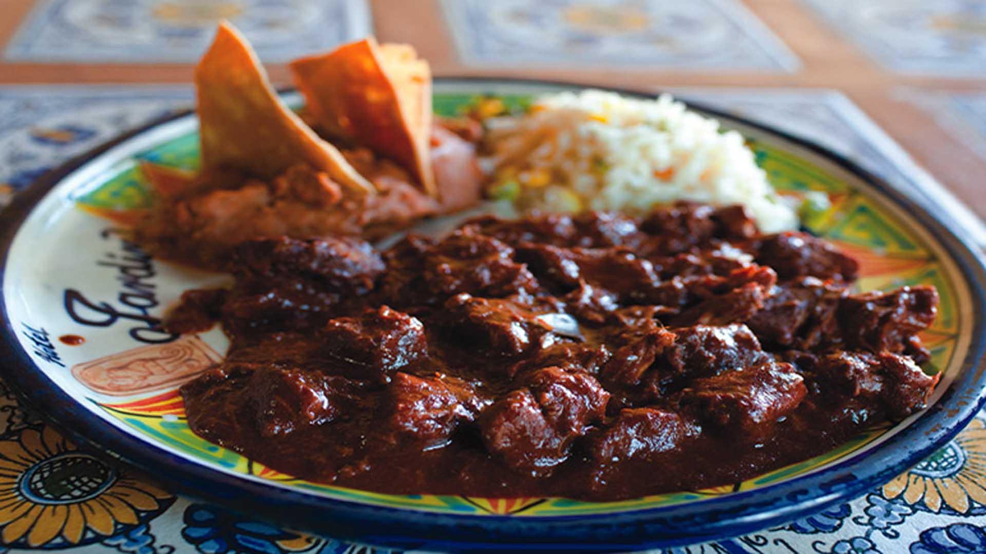 Asado de Boda, uno de los imperdibles de la comida típica de Zacatecas.