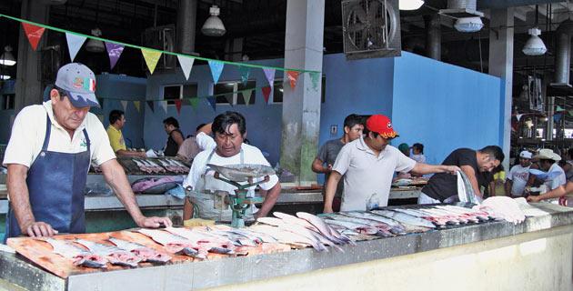 13 mercados para comer en m xico pueblos magicos de mexico for Alberca 20 de noviembre campeche